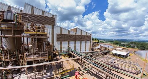 Equipe da CMOC Brasil otimiza uso de rocha fosfática para aumentar a  recuperação de minério