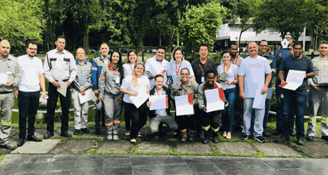 Voluntários da CMOC Brasil arrecadam mais de 2 toneladas de alimentos para organizações sociais de Cubatão